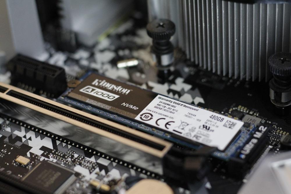 Kingston A1000 SSD 5
