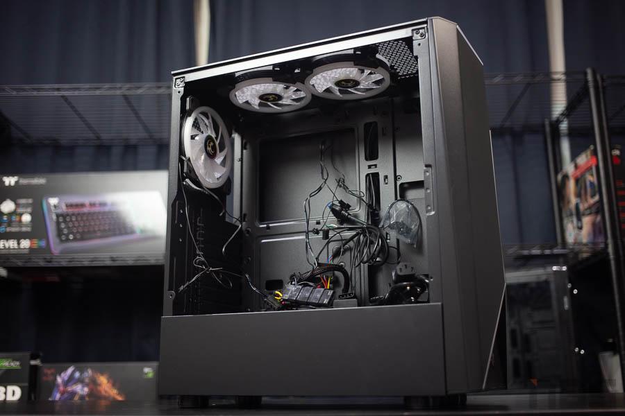 Tsunami E Sport G9 Tempered Glass ATX Gaming Case.rar 13
