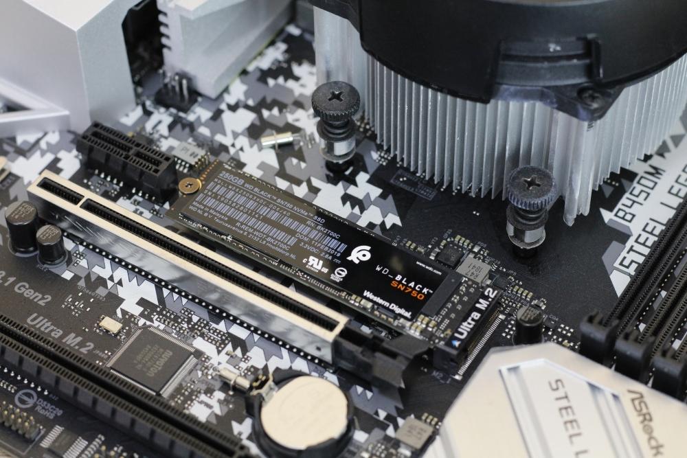 WD Black SN750 SSD 250 14