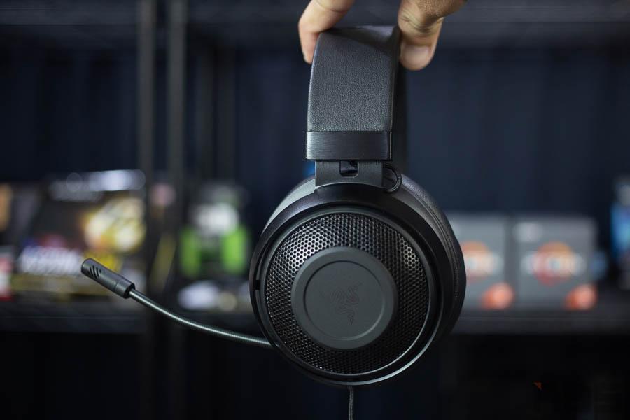 Razer Kraken headset 14