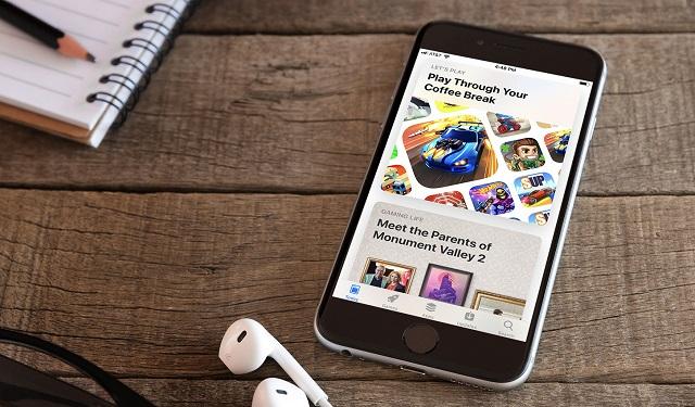 q1 2019 app revenue downloads hero