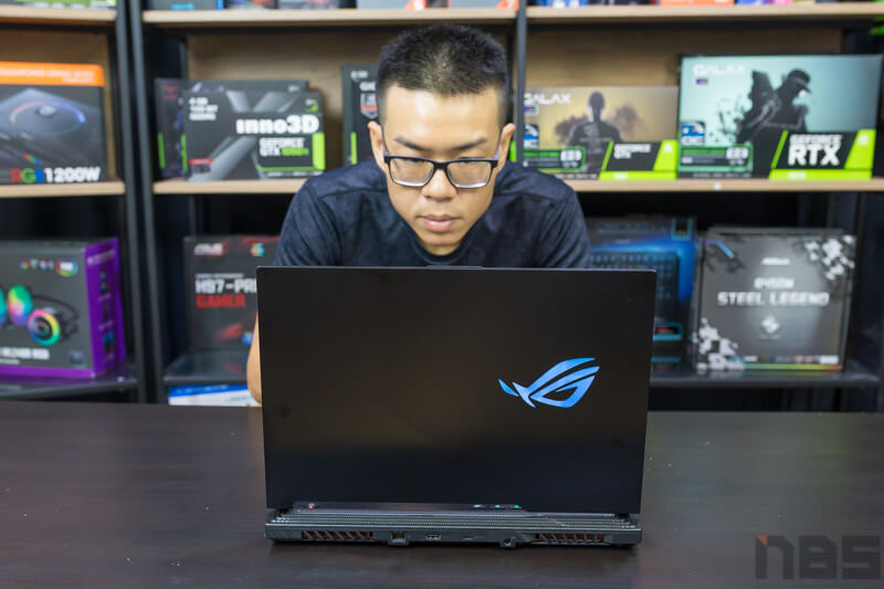ASUS ROG Strix HERO III Review NBS 123