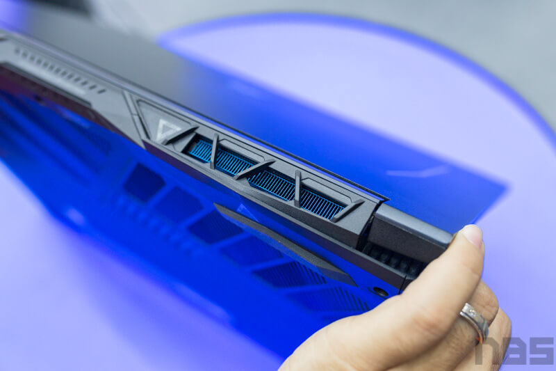 Acer Predator Helios 300 Preview NBS 20