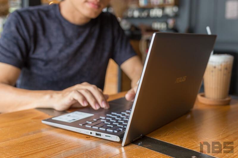 ASUS ZenBook Flip UM462D Review 64