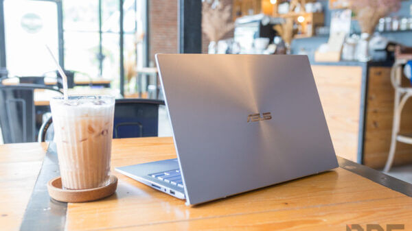 ASUS ZenBook UM431D Review 21