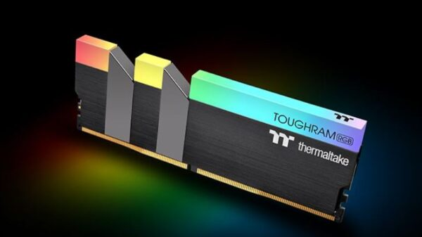 TOUGHRAM RGB DDR4 2
