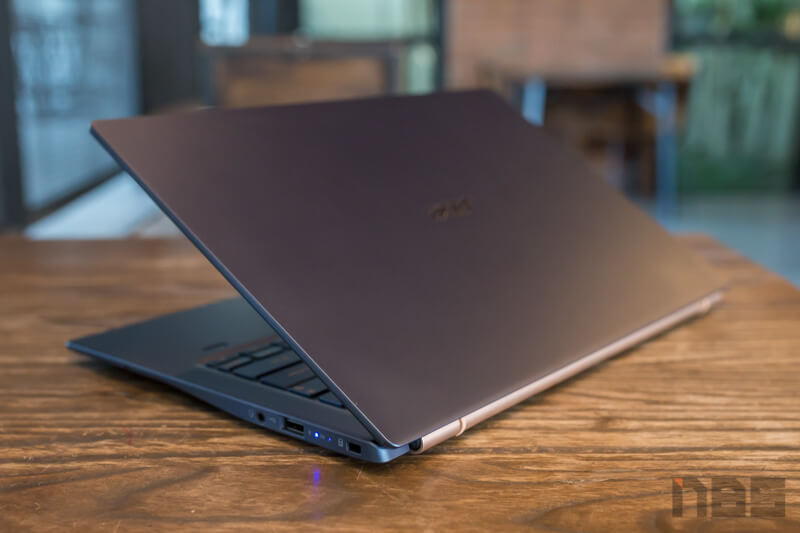 Acer Swift 5 Core i Gen 10 NBS Review 31