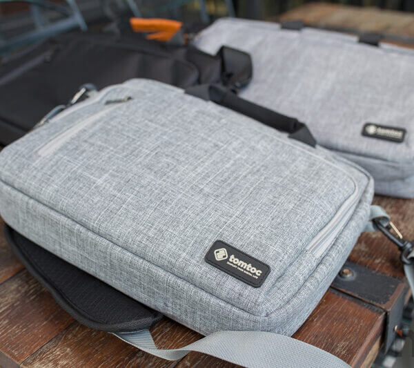 Tomtoc Briftcase Review 7