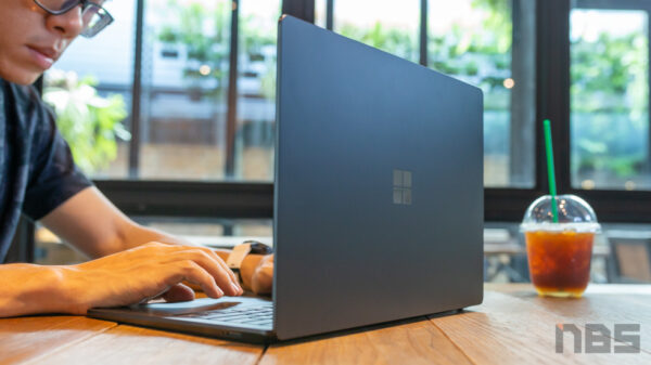 Microsoft Surface Laptop 3 Core i Gen 10 1