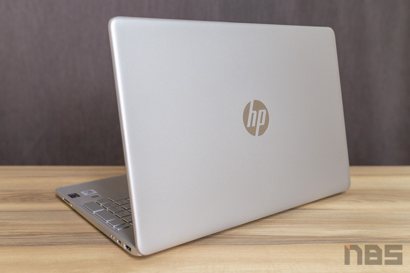 HP 15s i7 1065G7 NBS Review 37