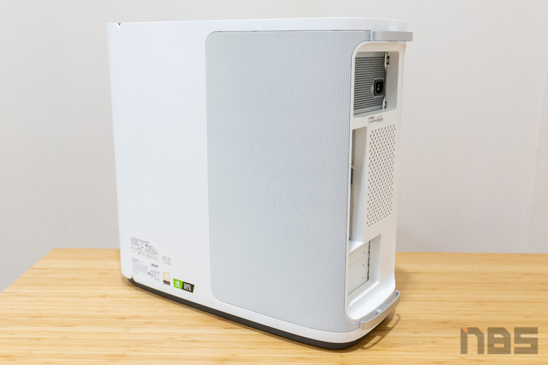 Acer ConceptD 500 ConceptD CP7 Review 16