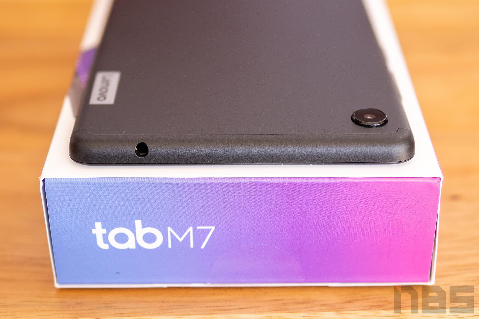 Review Lenovo Tab M7 NotebookSPEC 20
