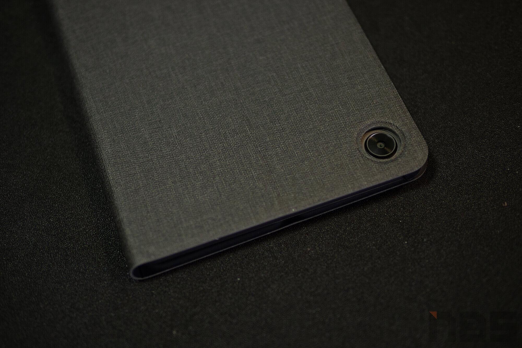 Review Lenovo Tab M8 NotebookSPEC 38
