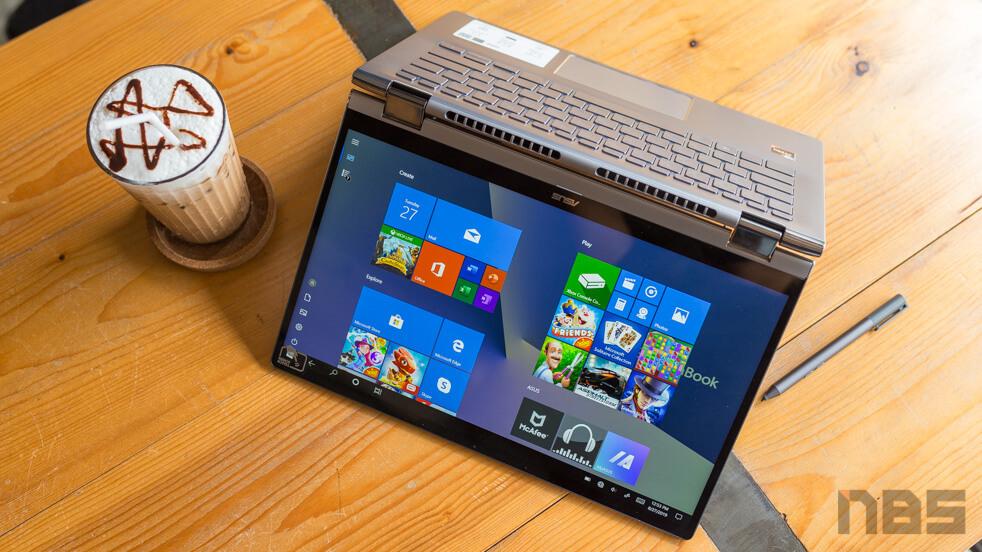 ASUS ZenBook Flip UM462D Top 1