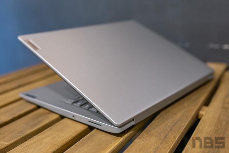 Lenovo IdeaPad 3 14 AMD Review 43