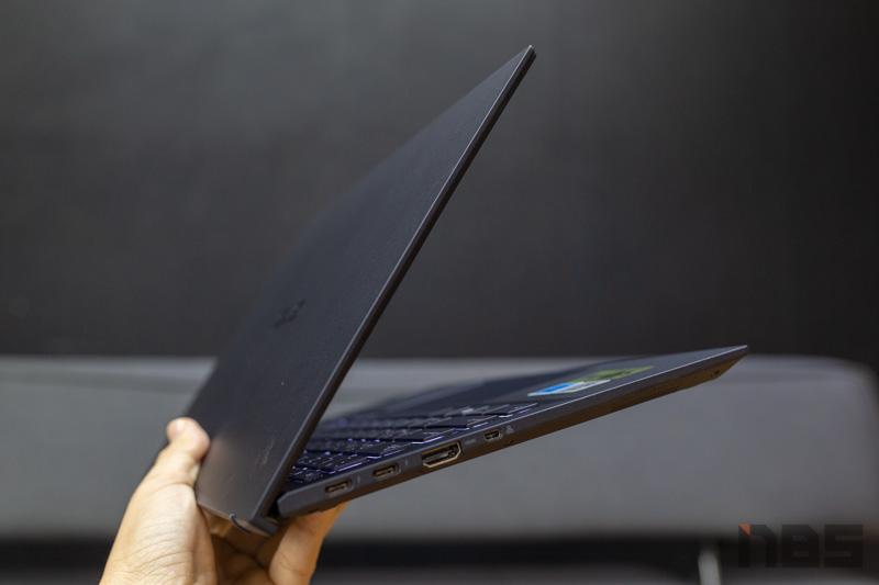 ASUS ExpertBook B9450 Review 14