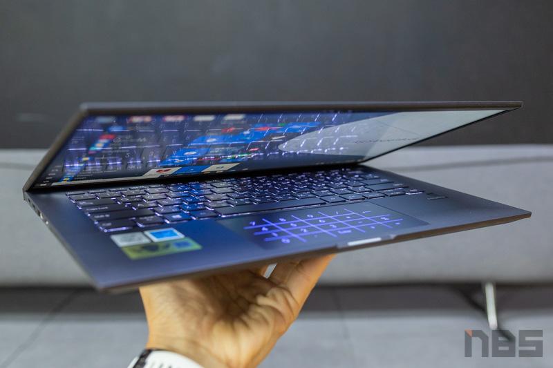 ASUS ExpertBook B9450 Review 49