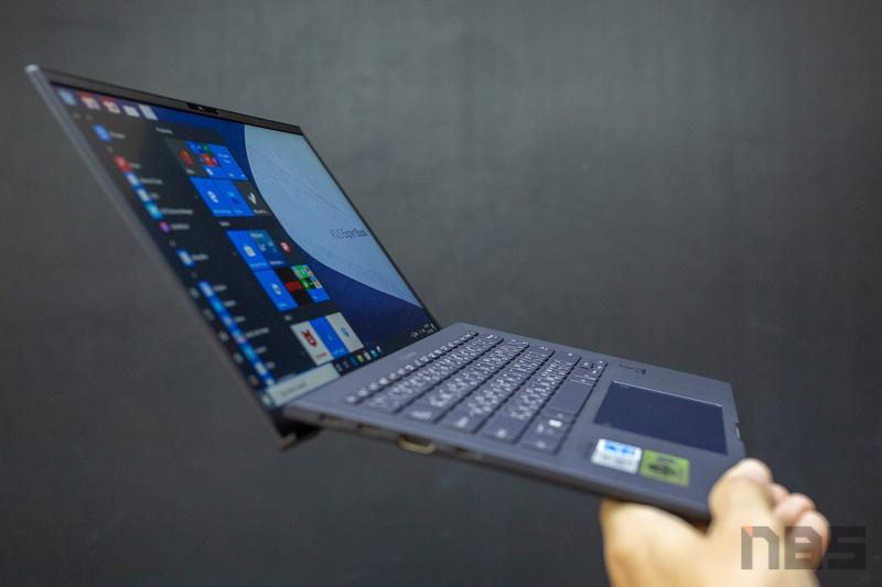 ASUS ExpertBook B9450 Review 51