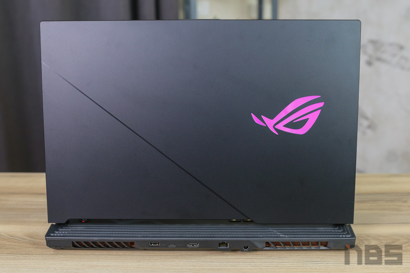 ASUS ROG Strix Scar G17 RTX2080s Review38