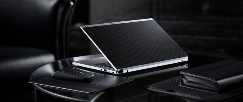 Porsche Design Acer Book RS lifestyle 02 large