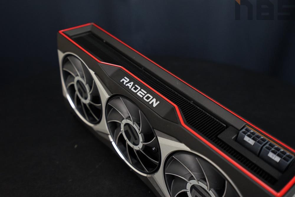 AMD Radeon RX6800 XT 032