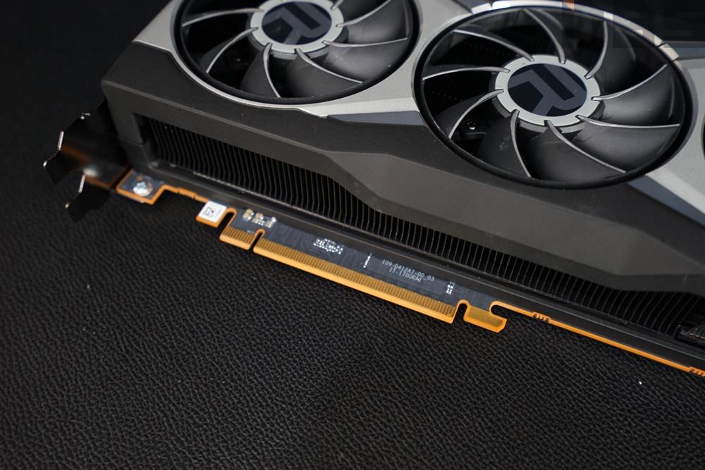 AMD Radeon RX6800 XT 036