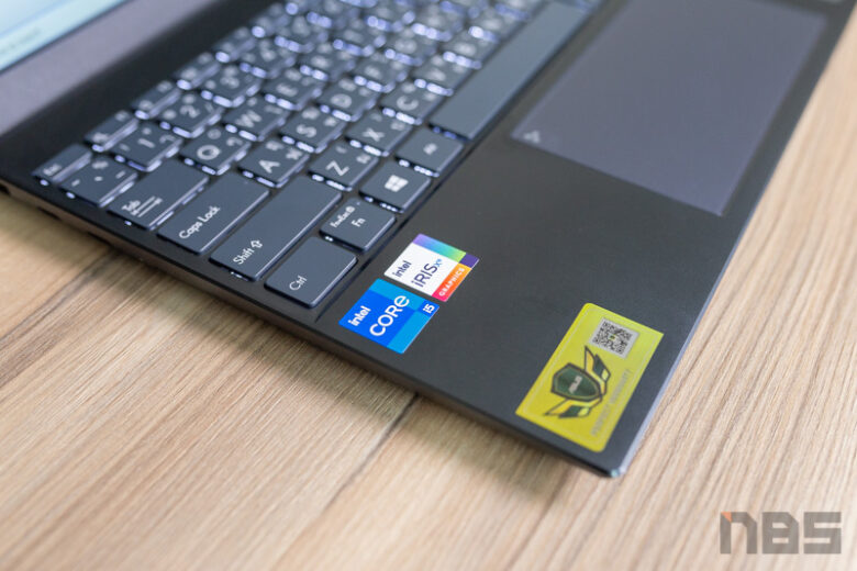 ASUS ZenBook 14 UX425 Core i Gen 11 Review 10