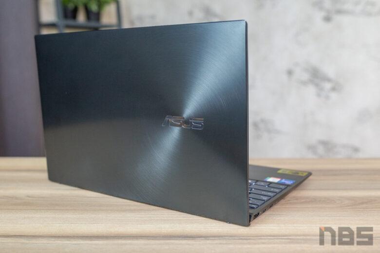 ASUS ZenBook 14 UX425 Core i Gen 11 Review 35