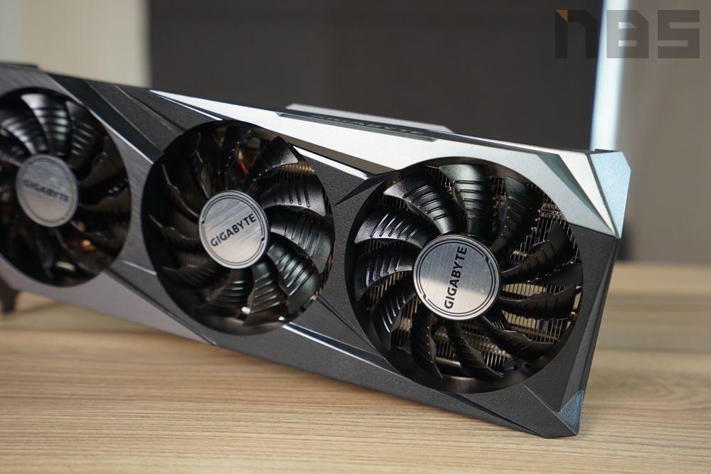 Gigabyte GeForce RTX 3060 Ti GAMING OC 010