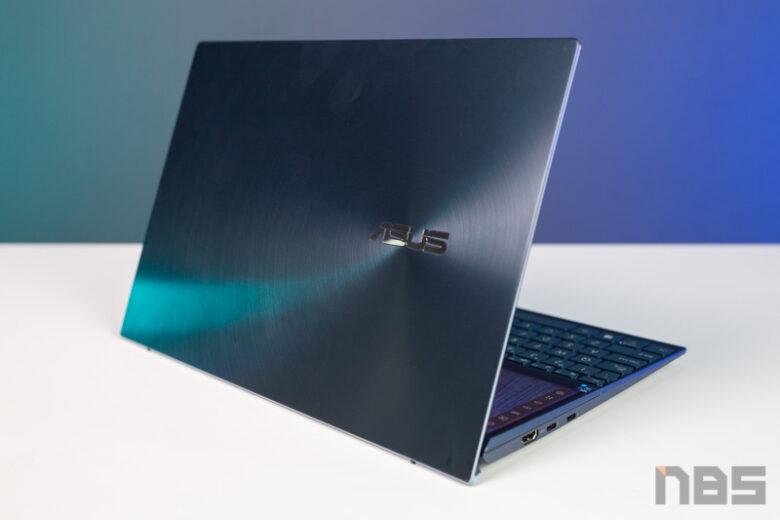 ASUS ZenBook Duo 14 UX482 Demo Review 43