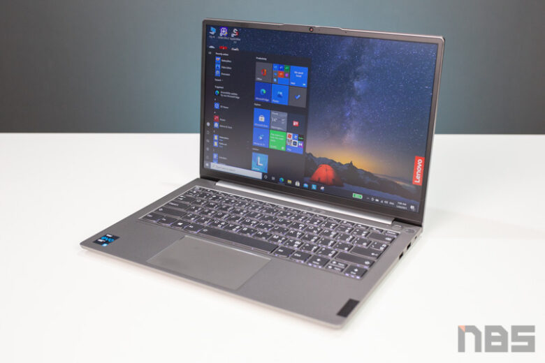 Lenovo ThinkPad 13s Core i Gen 11 Review 24