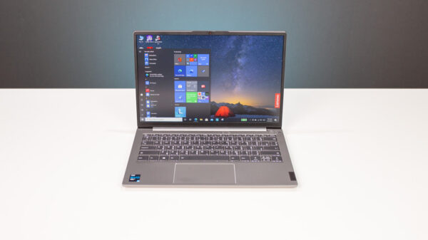 Lenovo ThinkPad 13s Core i Gen 11 top 1