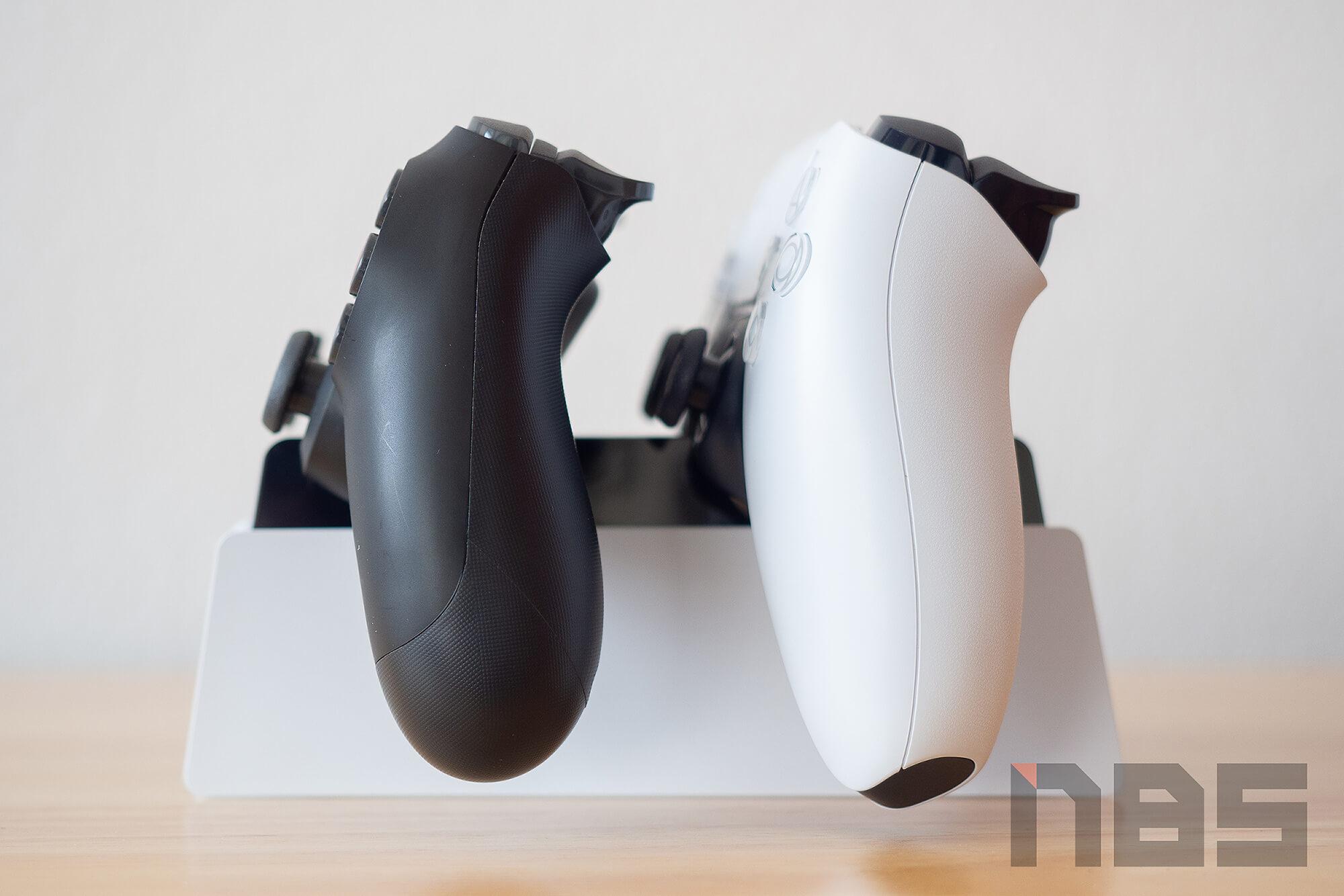 Review PlayStation 5 DualSense Charging Station NotebookSPEC 12
