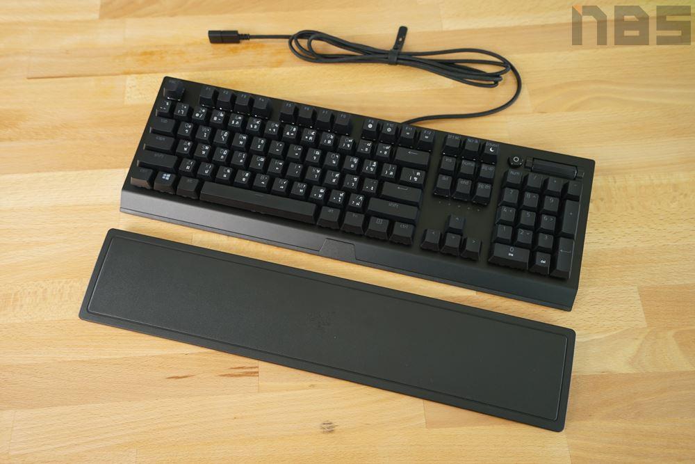 Razer blackwidow v3 05