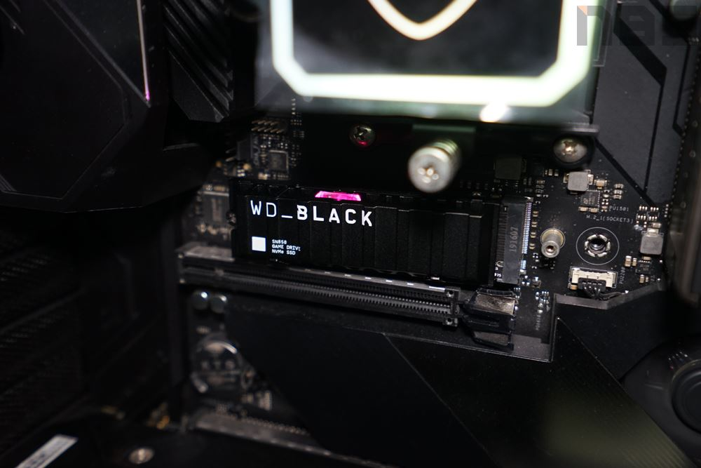 WD BLACK SN850 27