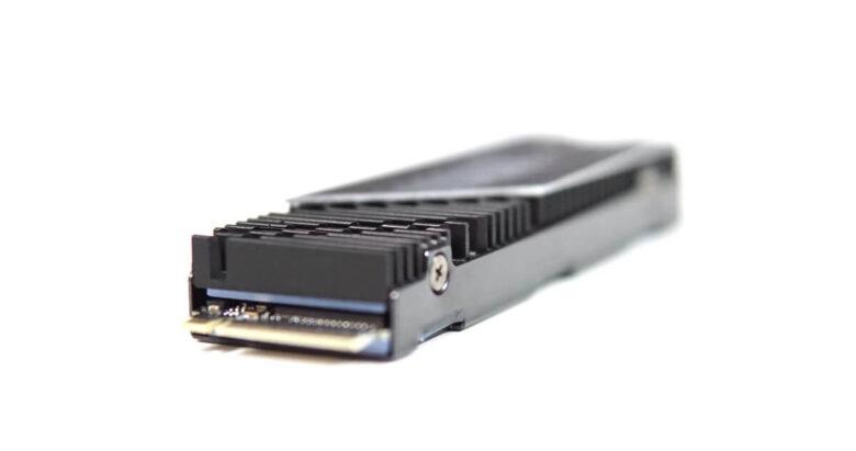 Gigabyte SSD P7000s 1TB 27