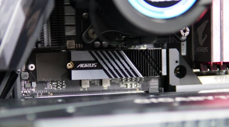 Gigabyte SSD P7000s 1TB 6