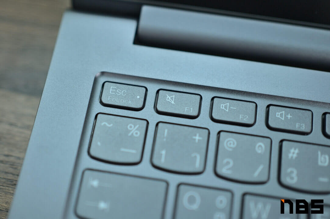 Lenovo Yoga 7 Pro AMD DSC05867