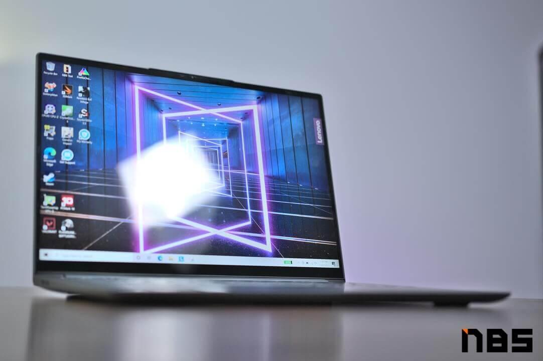 Lenovo Yoga 7 Pro AMD DSC05899