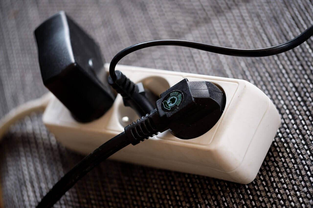 ปลั๊กไฟ USB