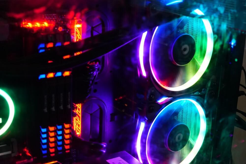 ไฟ RGB แต่งคอม
