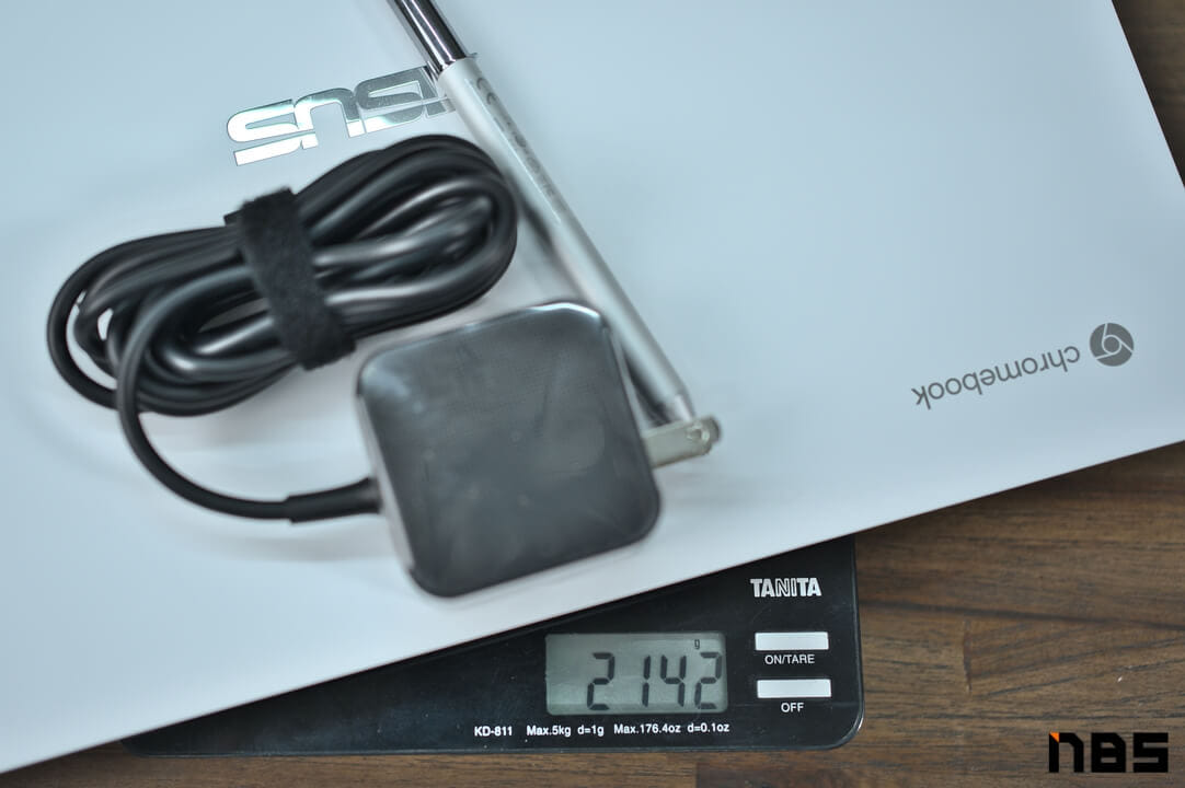 ASUS Chromebook DSC06100