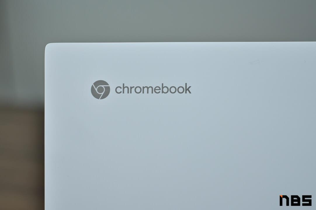 ASUS Chromebook DSC06111