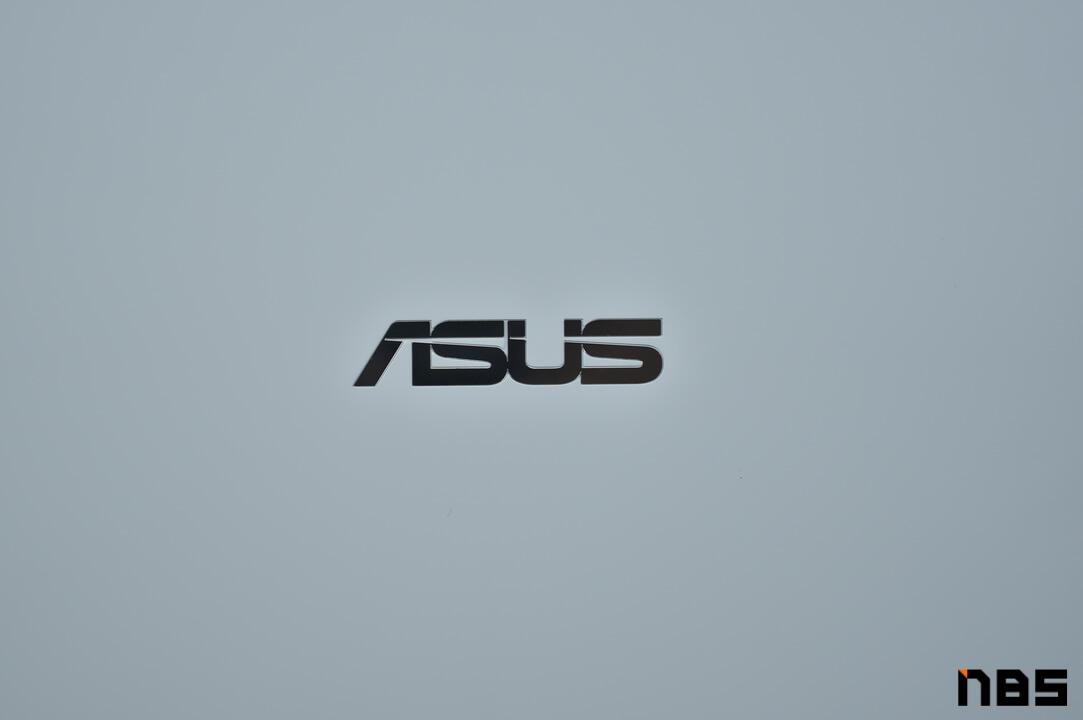 ASUS Chromebook DSC06112