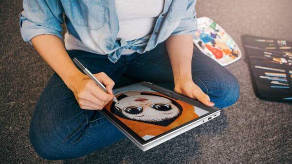 Chromebook Flip CX5 CX5500 Scenario photo 02 min