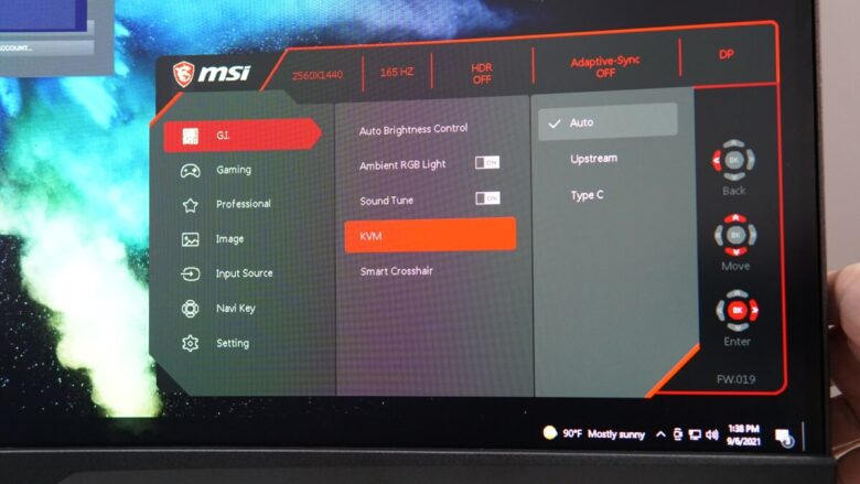 MSI MPG ARTYMIS 323CRQ OSD 5